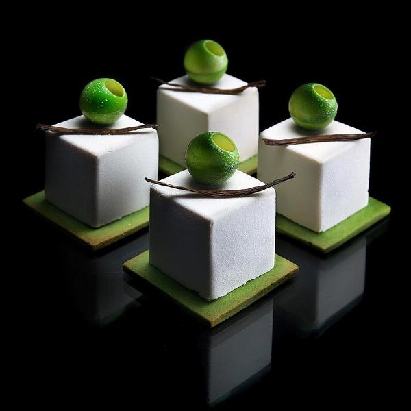 s_architectural-cake-designs-patisserie-dinara-kasko-017