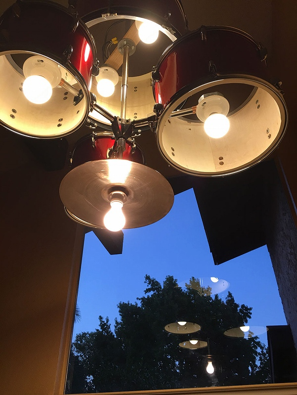 s_diy-drum-set-chandelier-icabod-19