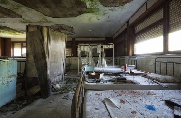 s_abandoned_hospitals_11