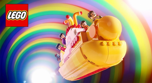 s_beatles_yellow_submarine_lego_03