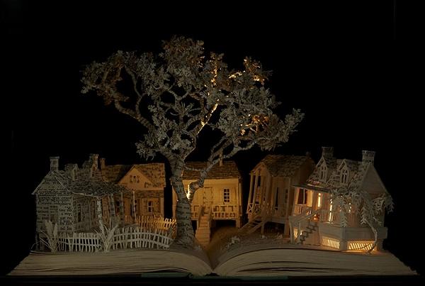 s_illuminated_book_03