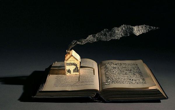 s_illuminated_book_04