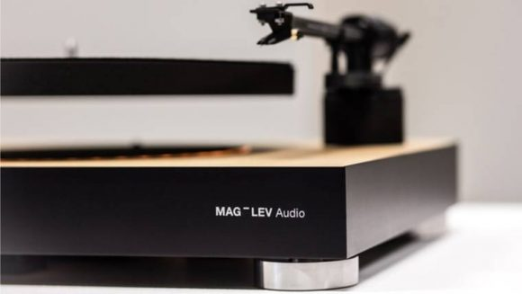 mag_lev_evitating_turntable_03