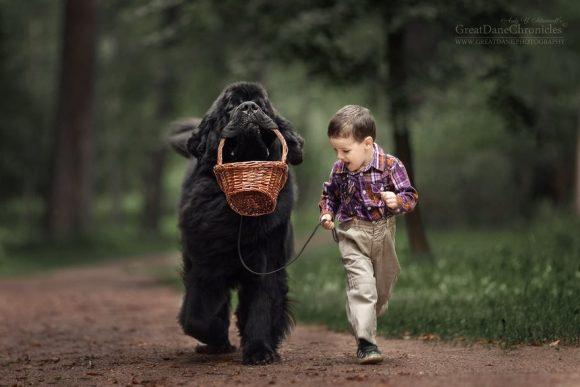 little_kids_big_dogs_02