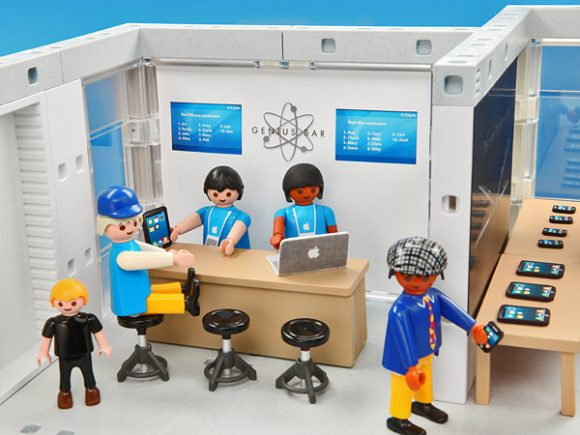 apple_store_version_playmobil_03
