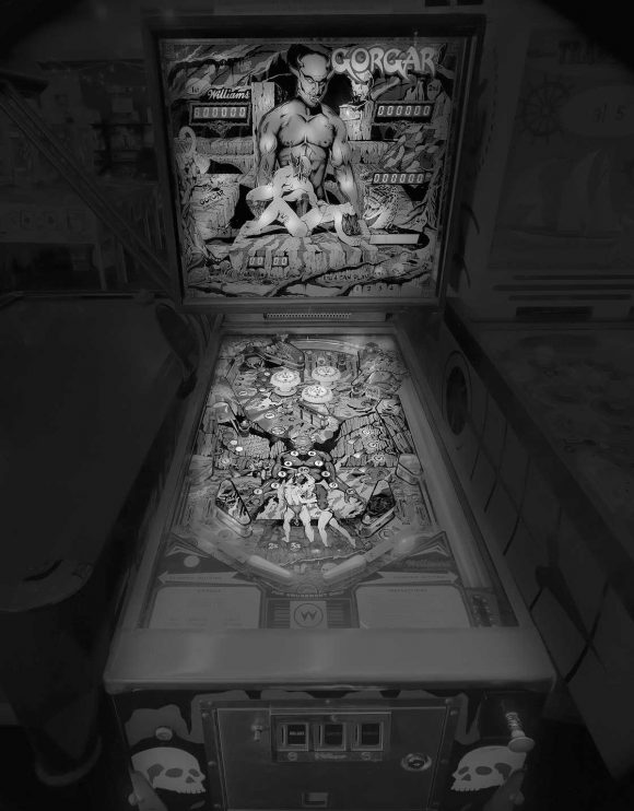 vintage_pinball_machines_06